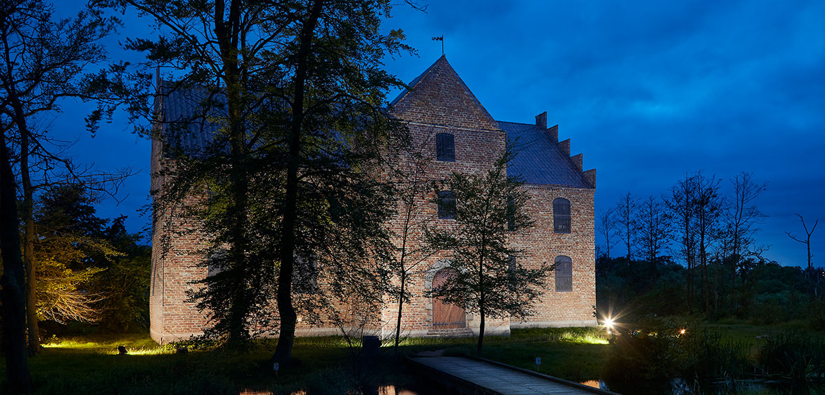 night_view_silkeborg_castle_case_ricken