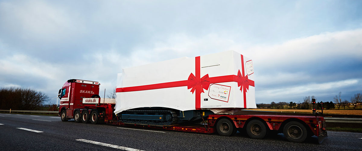 big_christmas_gift_truck_2_case_ricken